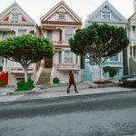 4 Ways To Spot A Thriving Neighborhood